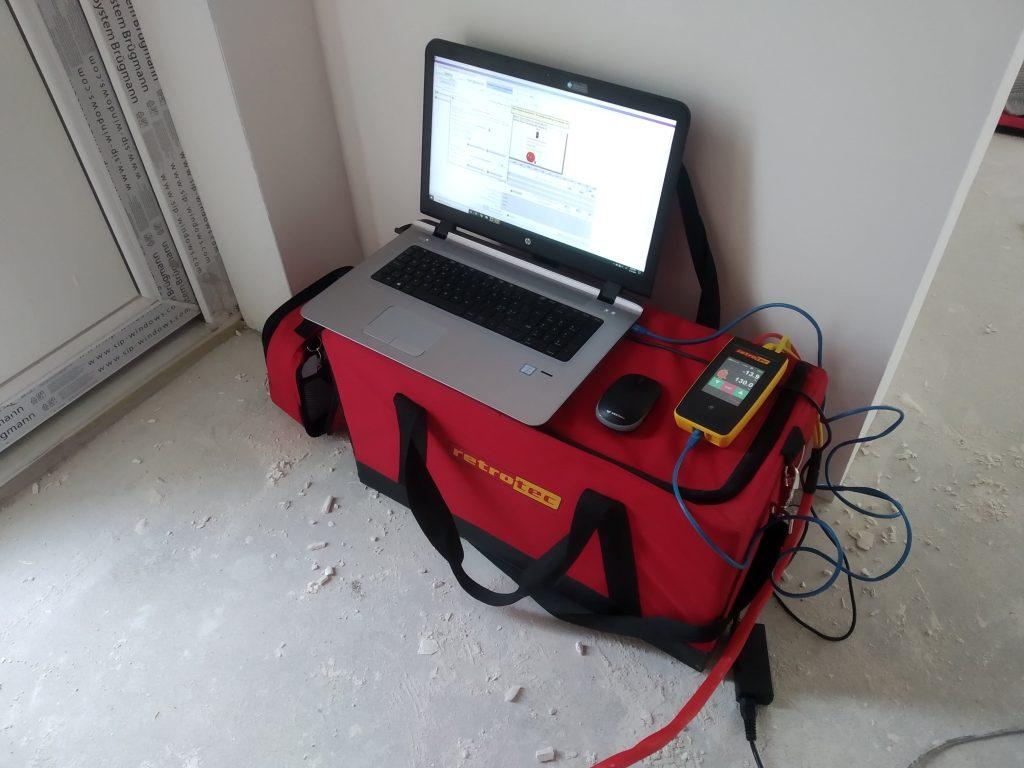 Sandarumo testas atliekamas kompiuterine programa FanTestic.